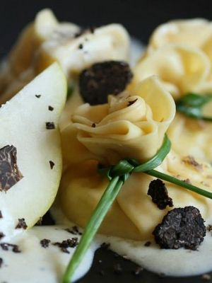 Fagottini fromage, poire et truffe